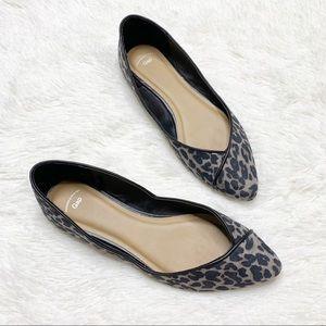 Gap gray and black leopard flats - size 8
